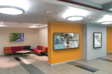 Digital Signage Corporative Solution